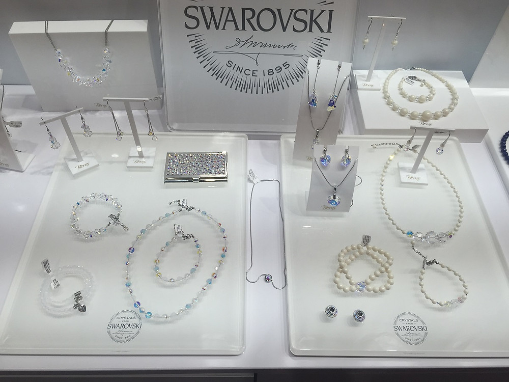 Rayawadi Ltd – BERNS - Crystals from Swarovski®
