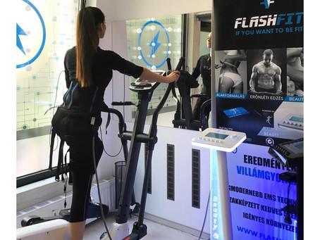 Beauty próbaedzésen a pécsi FlashFit Stúdióban Kocsis Klaudia