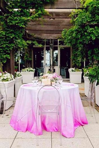 Ombre esküvői terítő - esküvői helyszín Pécs - Slyven Étterem és Esküvő Pécs