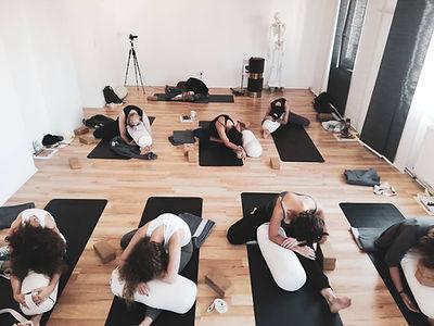 Mindful Yin Yoga & Anatomie Lehrer Ausbi