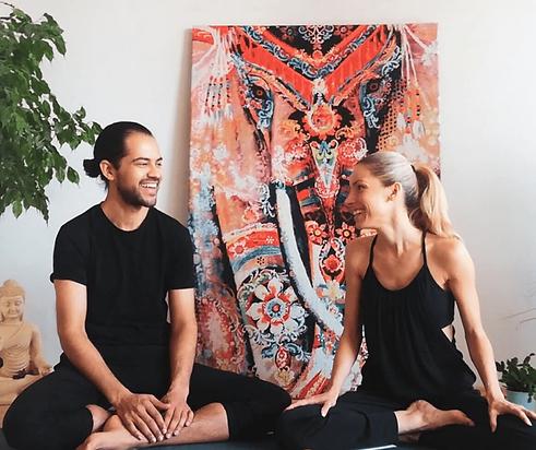 Mindful Yin Yoga und Anatomie Lehrer Aus
