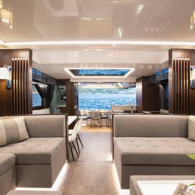 Pearl Yachts 62  - Luxury scheme