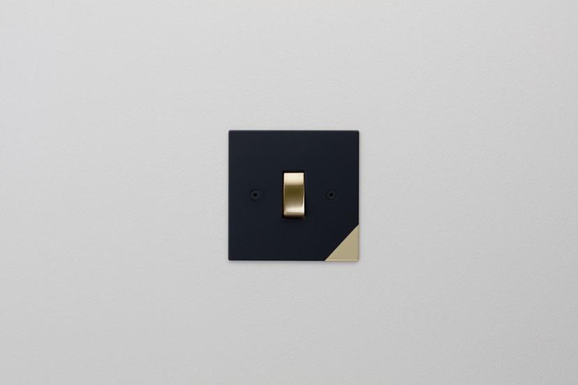 Corner Black and Brass Straight.jpg