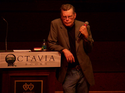 Are You A Great Storyteller? Stephen King's   10 Easy Steps to Storytelling To Die For