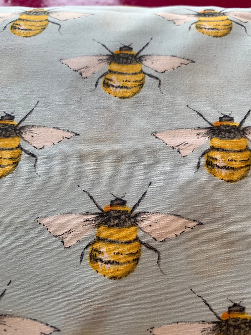 Bees 100% cotton