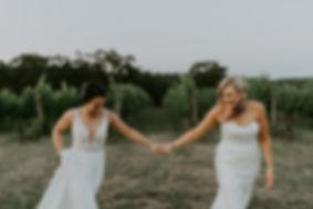 Kasey&Sarah-1332.jpg