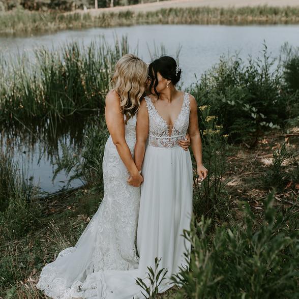 Kasey&Sarah-299.jpg
