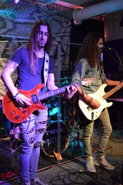 Klangvoll-Bar - Ref & Chris
