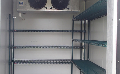 racking inside fridge freezer trailer 10