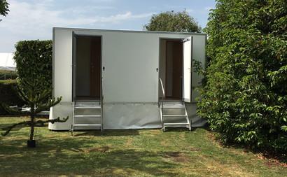 2 + 1 luxury toilet hire range