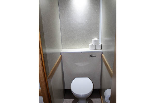 3+1 luxury toilet hire seating inside.jp
