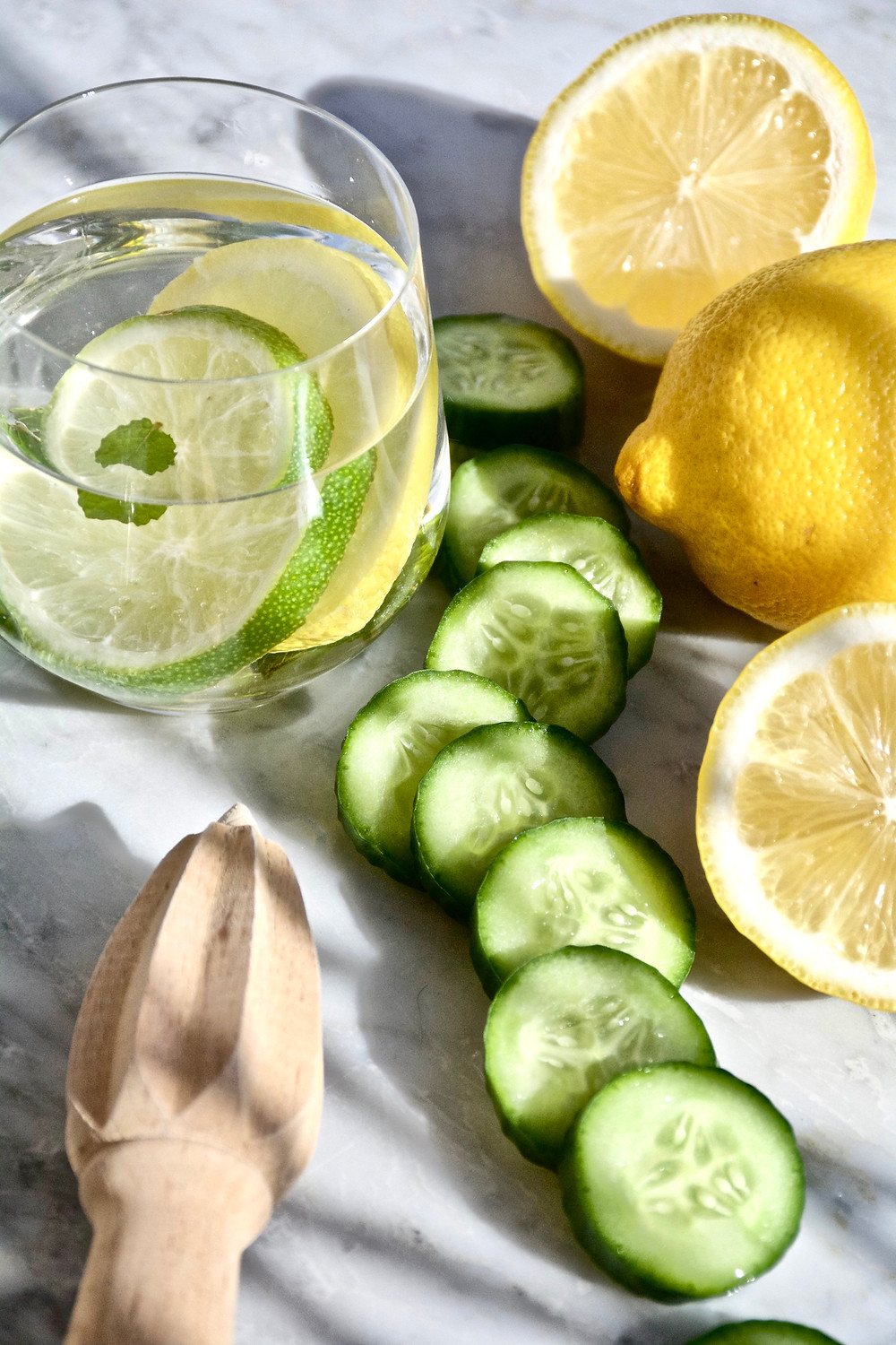 The Beauty Benefits of Nutrients, Clean Food, Beauty Food, Food for Beauty, Clean Eating, The Wellness Edit, The Beauty Edit, The Golden Edition, Health, Glass of Water with Lemon, Lemon Water, Cucumber, Lemons, citrus, Detox Water, Mint Water, Water Recipe