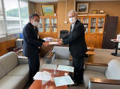 第21回全国障害者スポーツ大会選手団派遣に係る新型コロナウイルス感染症対策についての要請書を長野県保健福祉部長に提出しました