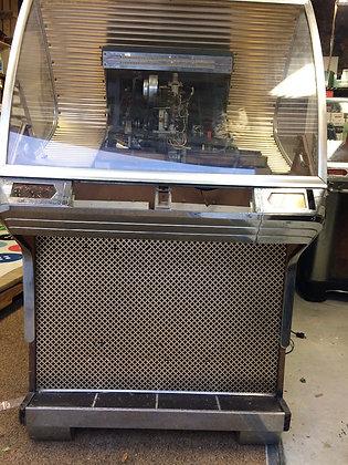 Seeburg HF100R Jukebox (Cabinet 1748)