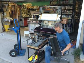 Apprentice, Jukeboxes Unlimited, Los Angeles