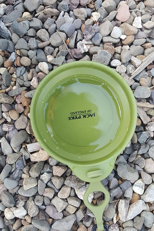 Delux Collapsible Dog bowl.