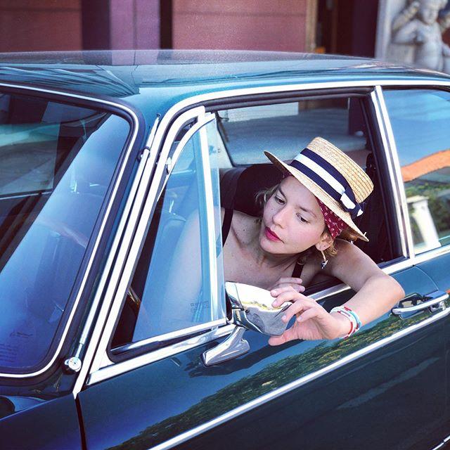 Cuadrando Espejo de Carro