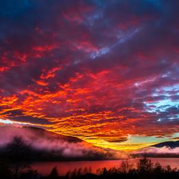 Brinnande moln