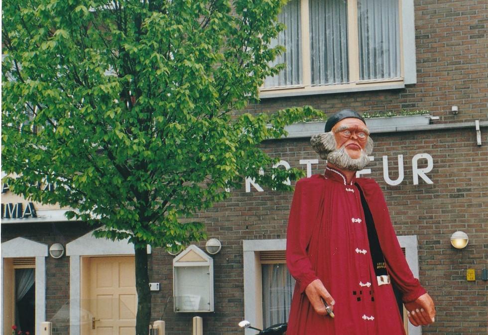 Reuzenstoet in Peer mei 2002_0002.jpg