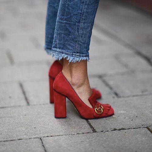 La chaussure au bureau