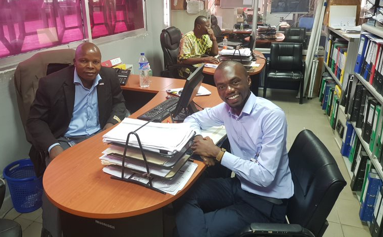 Czegarr Joseph, Fixed Assets Supervisor, Liberia Revenue Authority and Ransford Mensah, Digital Liberia Change Management Advisor, discussing the benefits of AMIS for the LRA