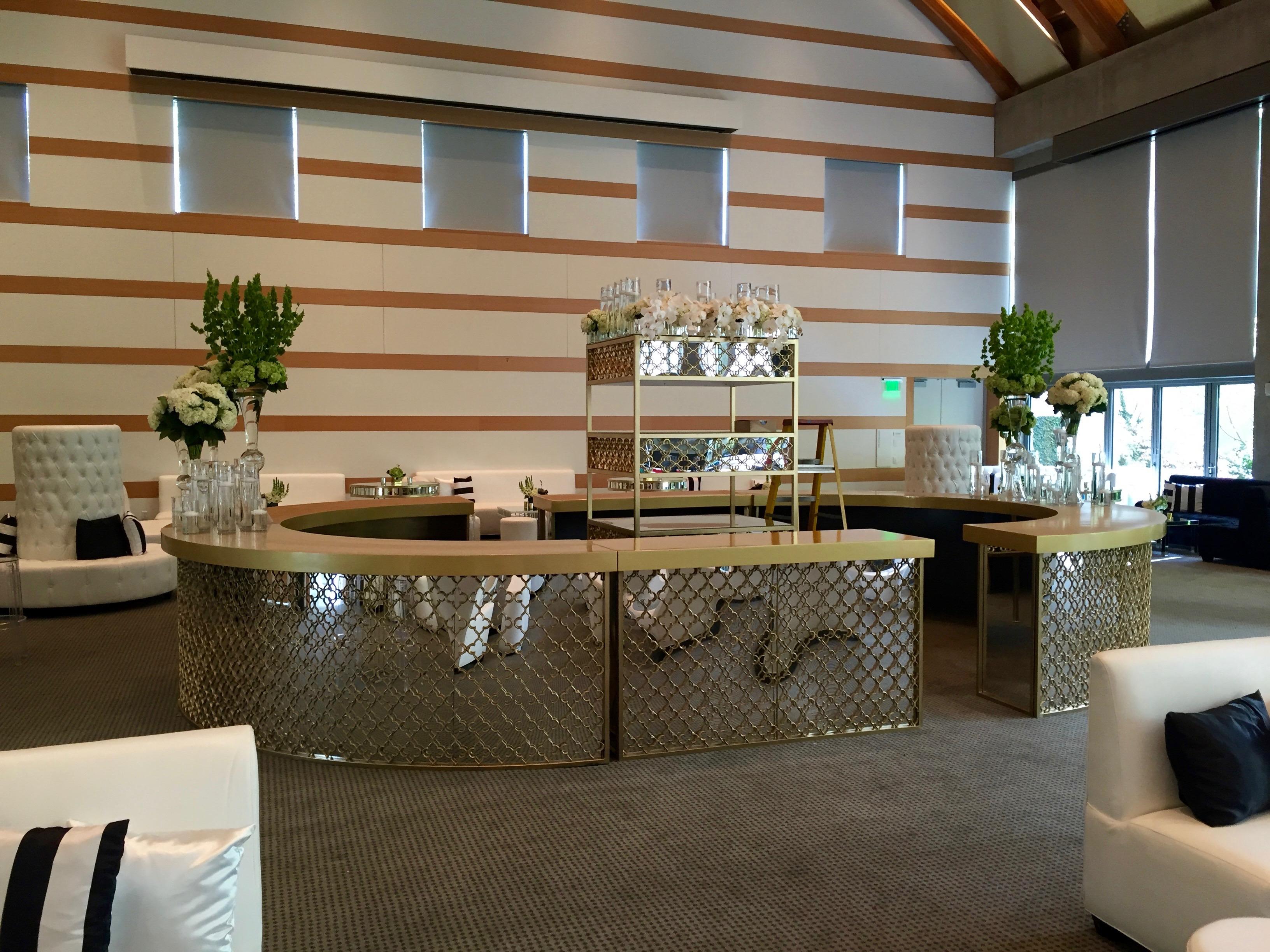 Great Gatsby Round Bar