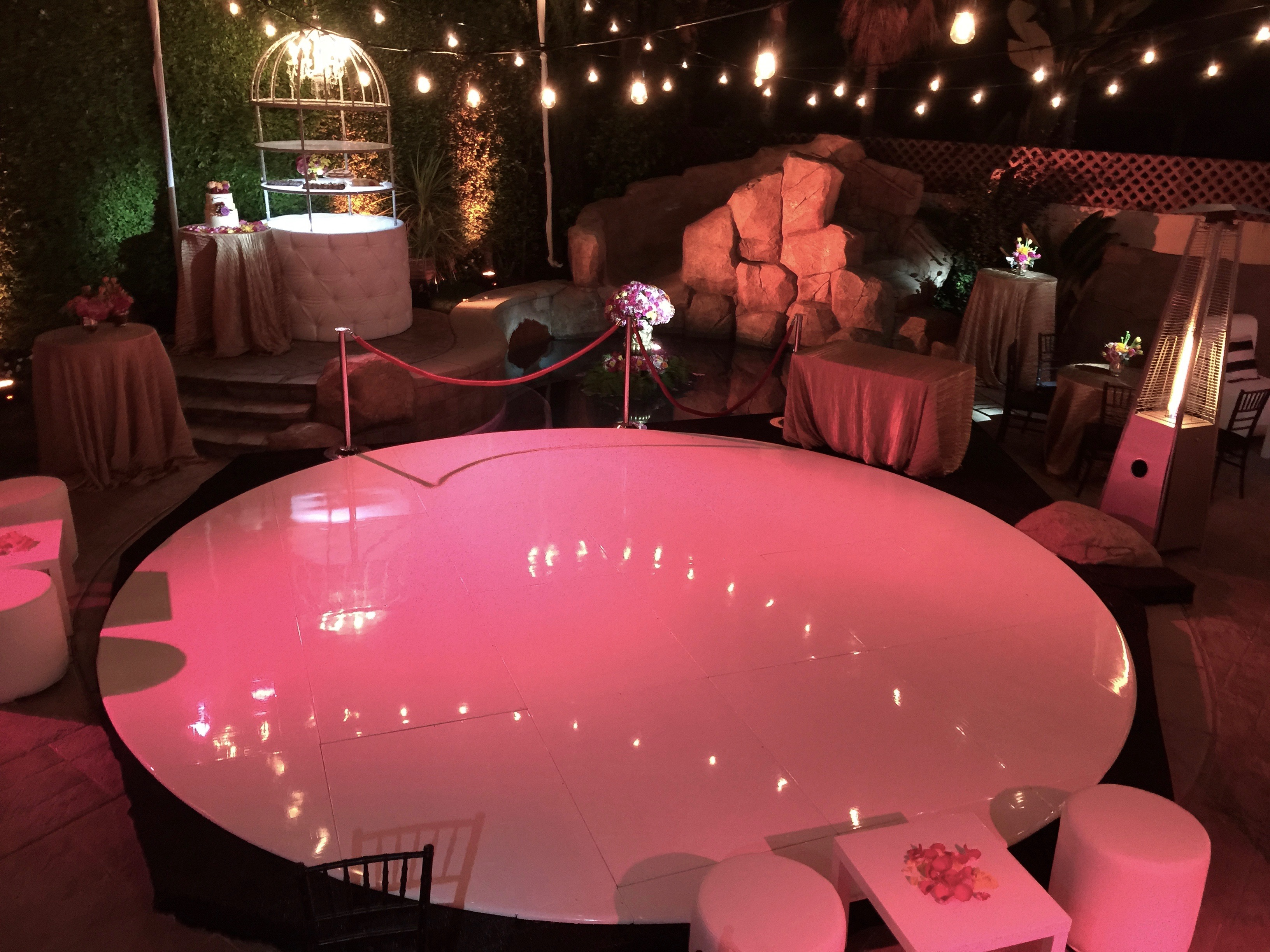 White Seamless Dance Floor