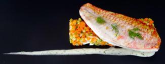 Filet_de_rouget_sur_tartare_de_légumes.J