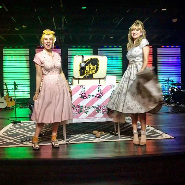 Sock hop, guys & dolls! 🐝🎶 ._._._._._