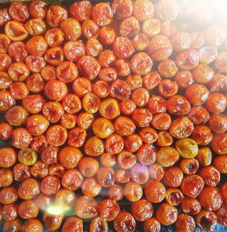 עגבניות שרי קלויות
