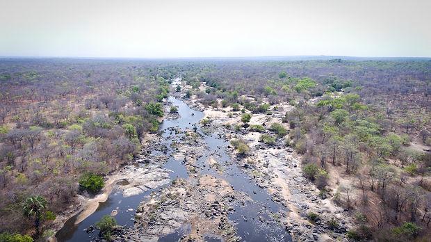 Rungwa river.jpg