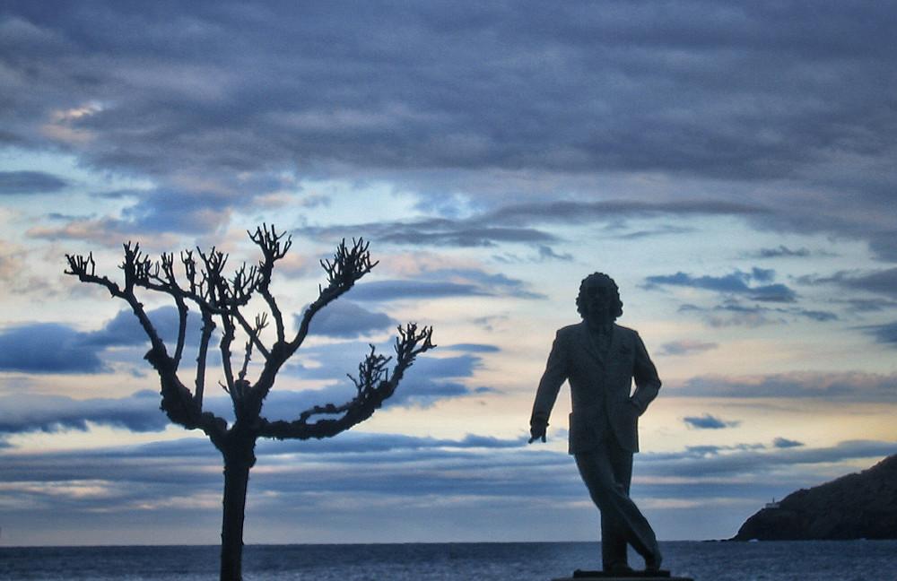 Cadaques Salvador Dali Statue