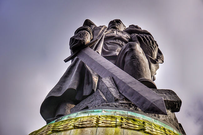 Sowjetisches Ehrenmal, Treptower Park, Berlin, Lars Hauck.jpg