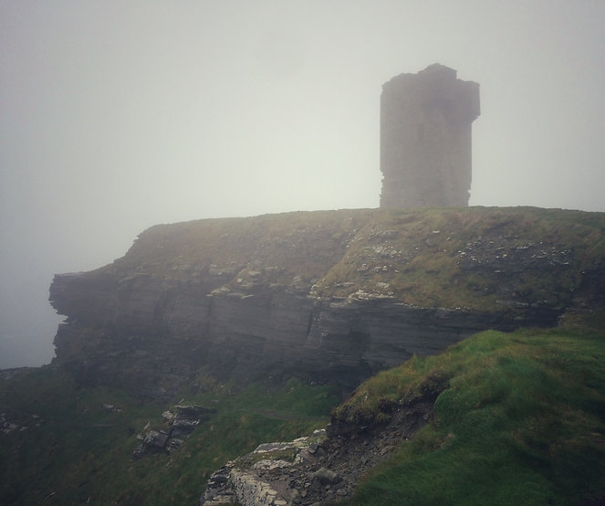 Cliffs of Moher County Clare Ireland Irland Nebel Fog