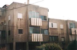 שיפוץ חזית בית מגורים בהרצליה - לפני