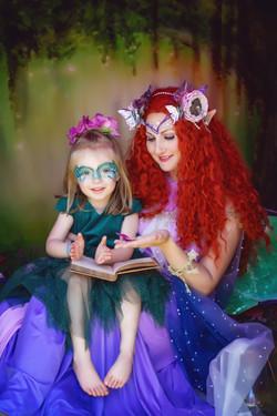 Beautiful Mother & Daughter Kitten & Bet