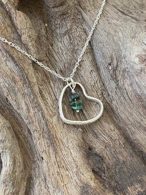 Birthstone pattern heart necklace May - Sterling silver, Emerald Gemstone