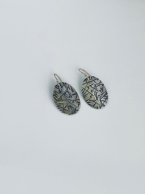 Hammered oval earrings - Sterling silver