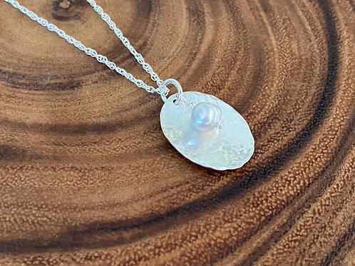 Hammered Oval Gray Freshwater Pearl Sterling Silver Necklace