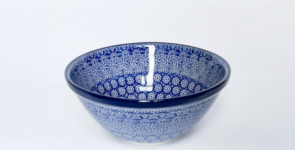 Small Serving Bowl in Blue Trellis 20cm