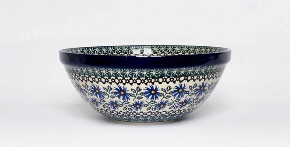 Medium serving bowl in Cornflower 24cm