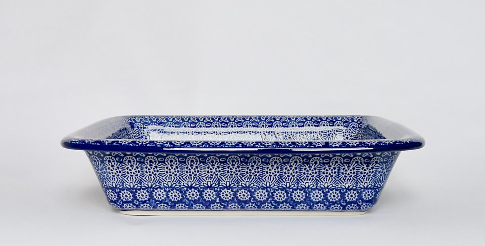 Medium Lipped Baking Dish in Blue Trellis