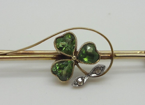 Lucky Shamrock 15ct Peridot & DiamondBrooch