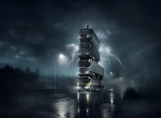 Volvo Trucks lance quatre nouveaux véhicules en les empilant les uns sur les autres dans une vidéo s