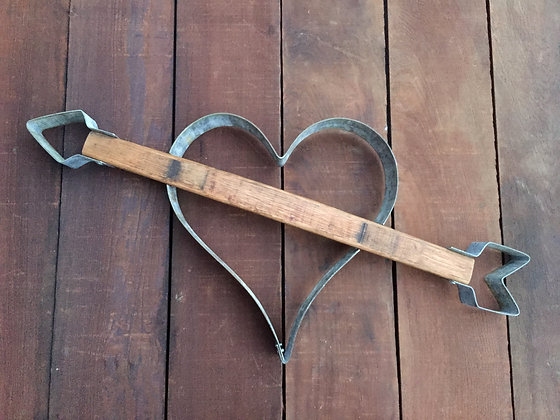 Cupid Arrow Heart - Small