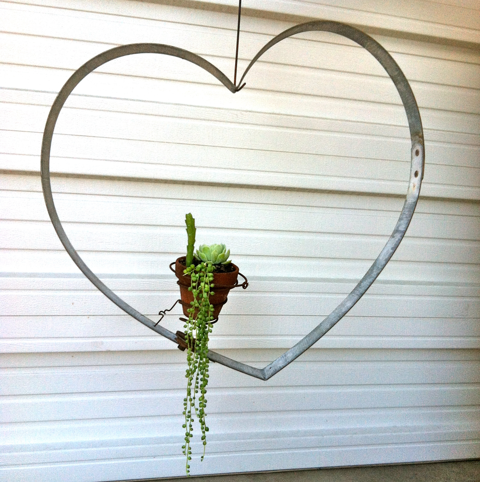 Hanging Heart with Spring - Large