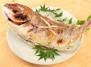 お祝い用 真鯛の焼き.jpg