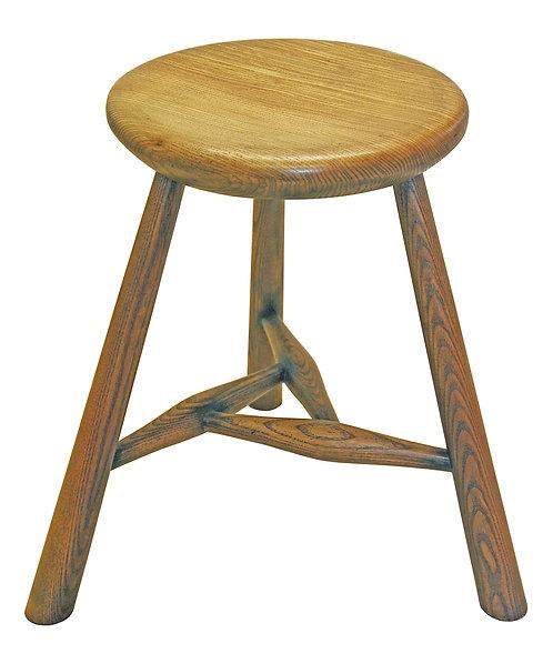 XBC31 Hunter's Manx stool