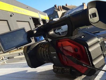 Grand soleil pour le tournage du jour chez Gembloux pneus
