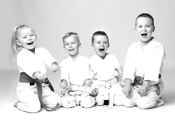 Kampfkunst - Selbstverteidigung lernen für Kinder in Poing bei München